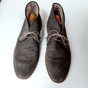 Banana Republic Gray Suede Chucka Boots Size 11.5